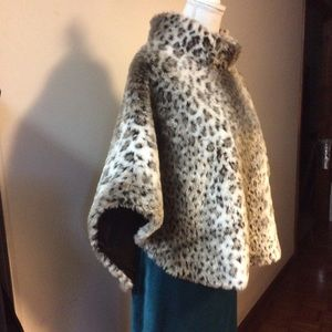 Leopard Faux Pull Over Cape SX L/XL by WD-NY